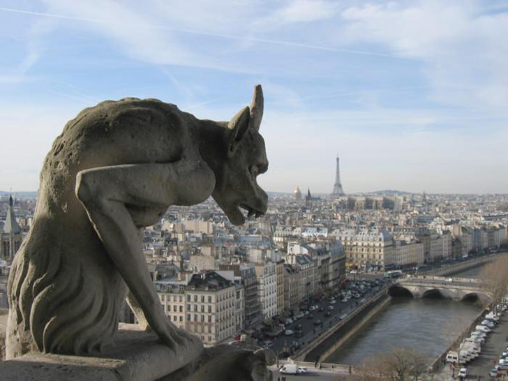 Gargoyles ornament decorative buildings evil spirits