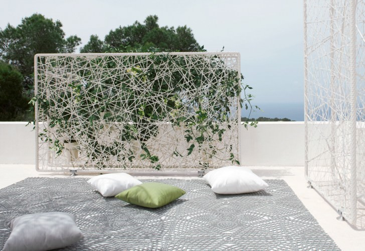 wiremesh green wall